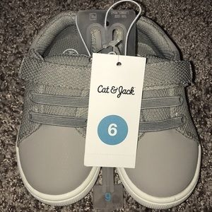 Gray Cat & Jack toddler shoes